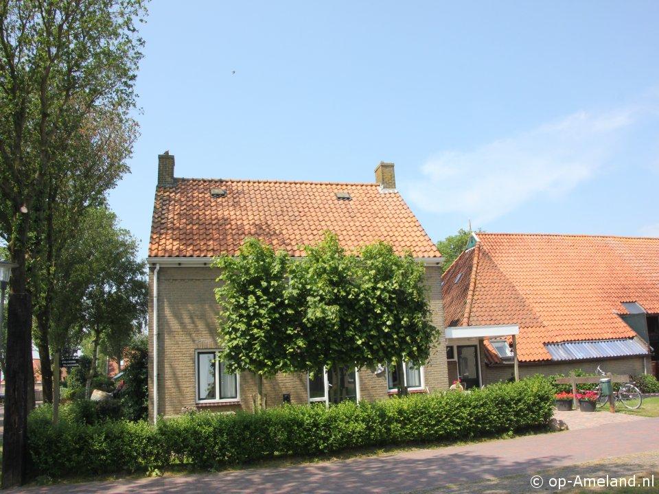 Klik hier voor meer informatie over Vakantiehuis Kloosterhiem Huis