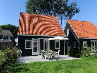 Klik hier voor meer informatie over Vakantiehuis Meidoorn (Kosterweg, Ballum)