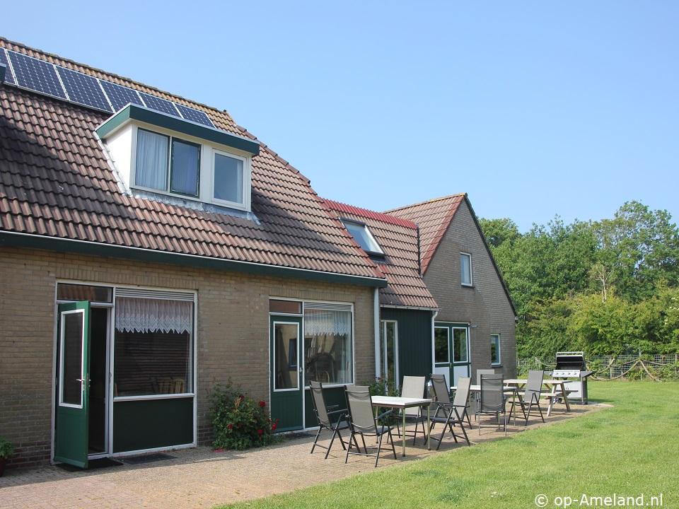 Klik hier voor meer informatie over Vakantiehuis Molenaar (2 gezinnen)