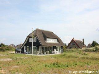 Klik hier voor meer informatie over Vakantiehuis Wellnessvilla Zee en Zo