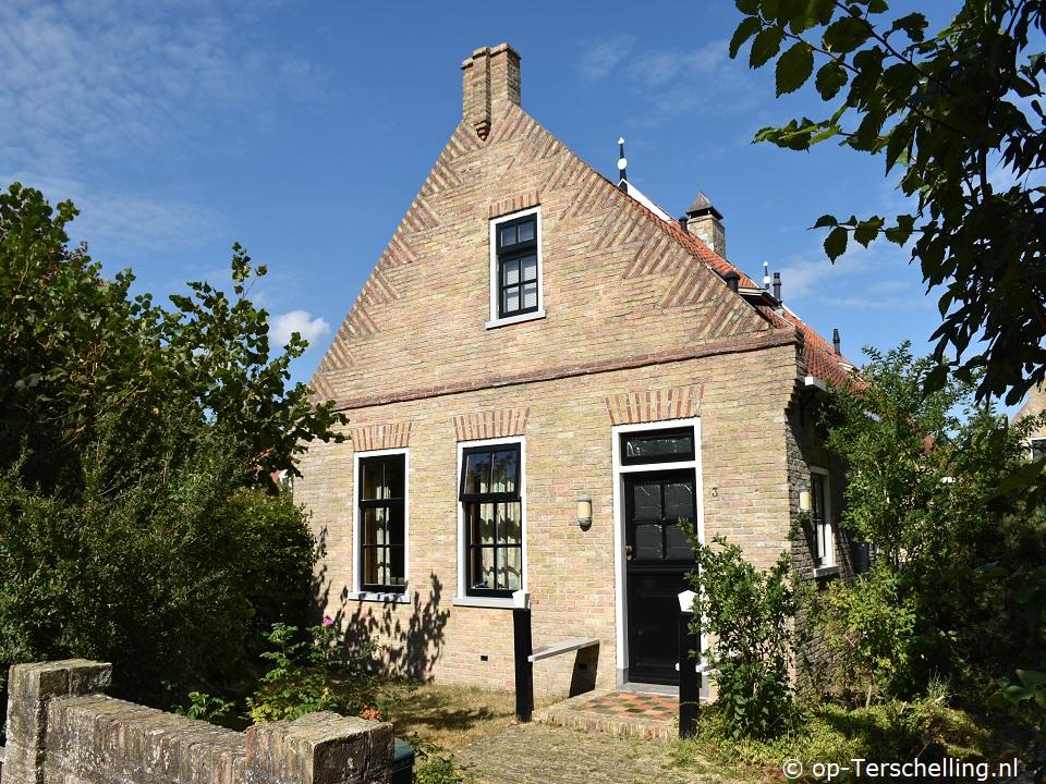 Klik hier voor meer informatie over Vakantiehuis Om Aest - Oude Duinweg 3